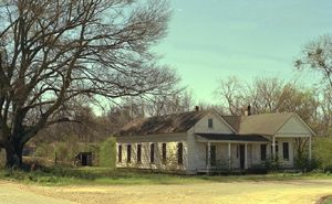 Lyda Holcomb home